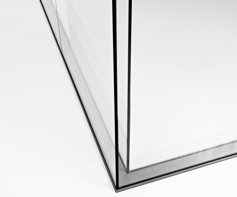 Mitred glass joint