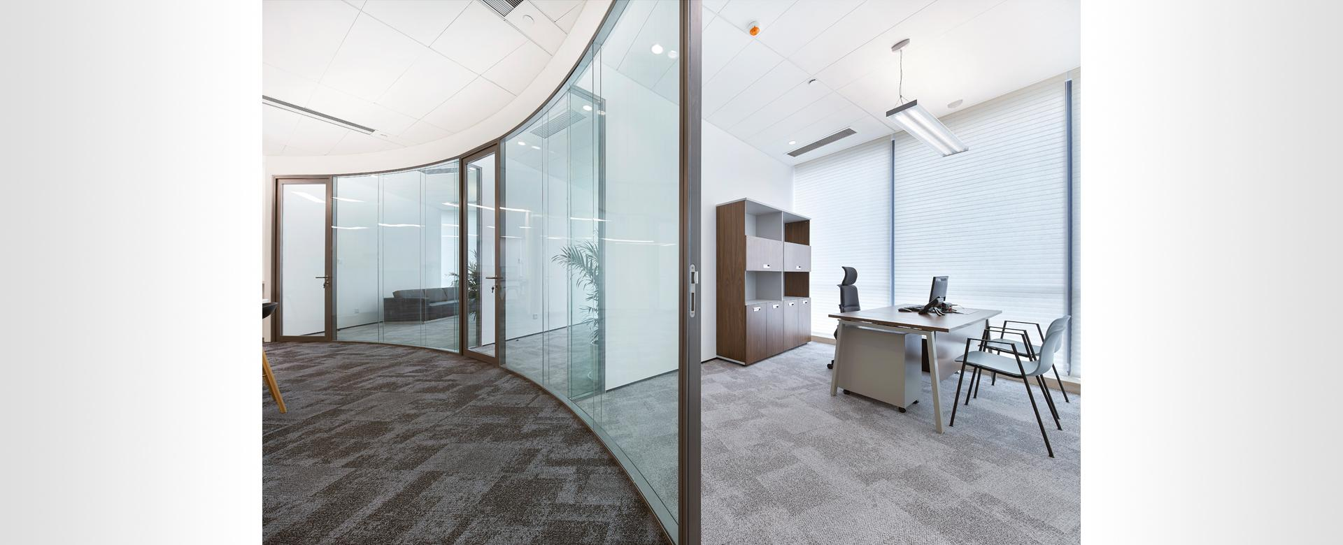 Mplus Curved partitions